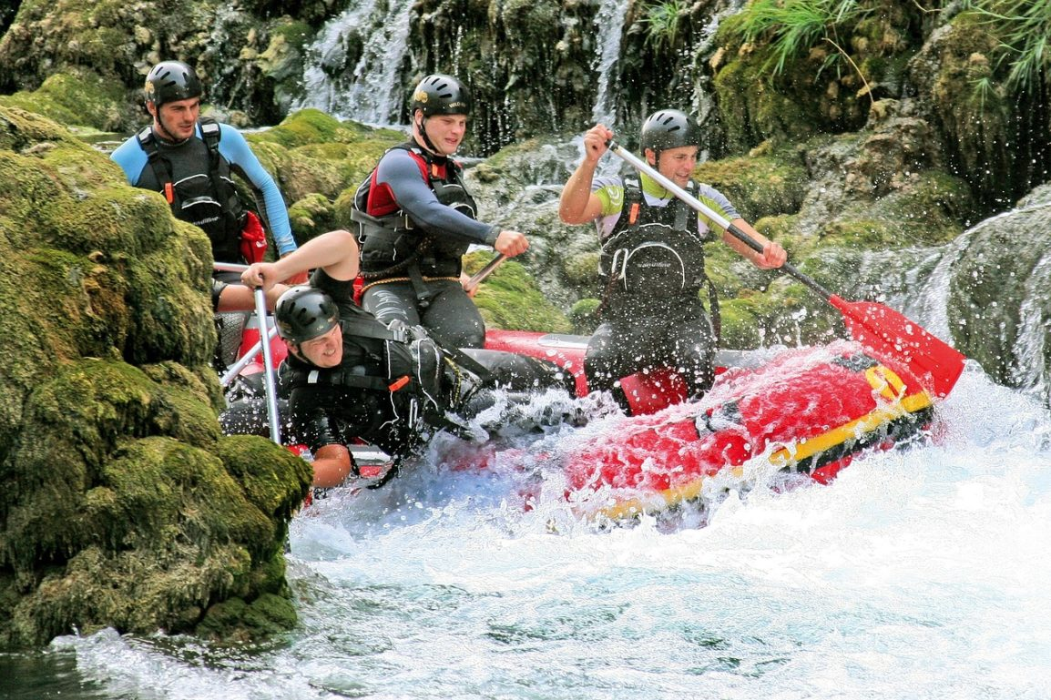 rafting-829053_1280