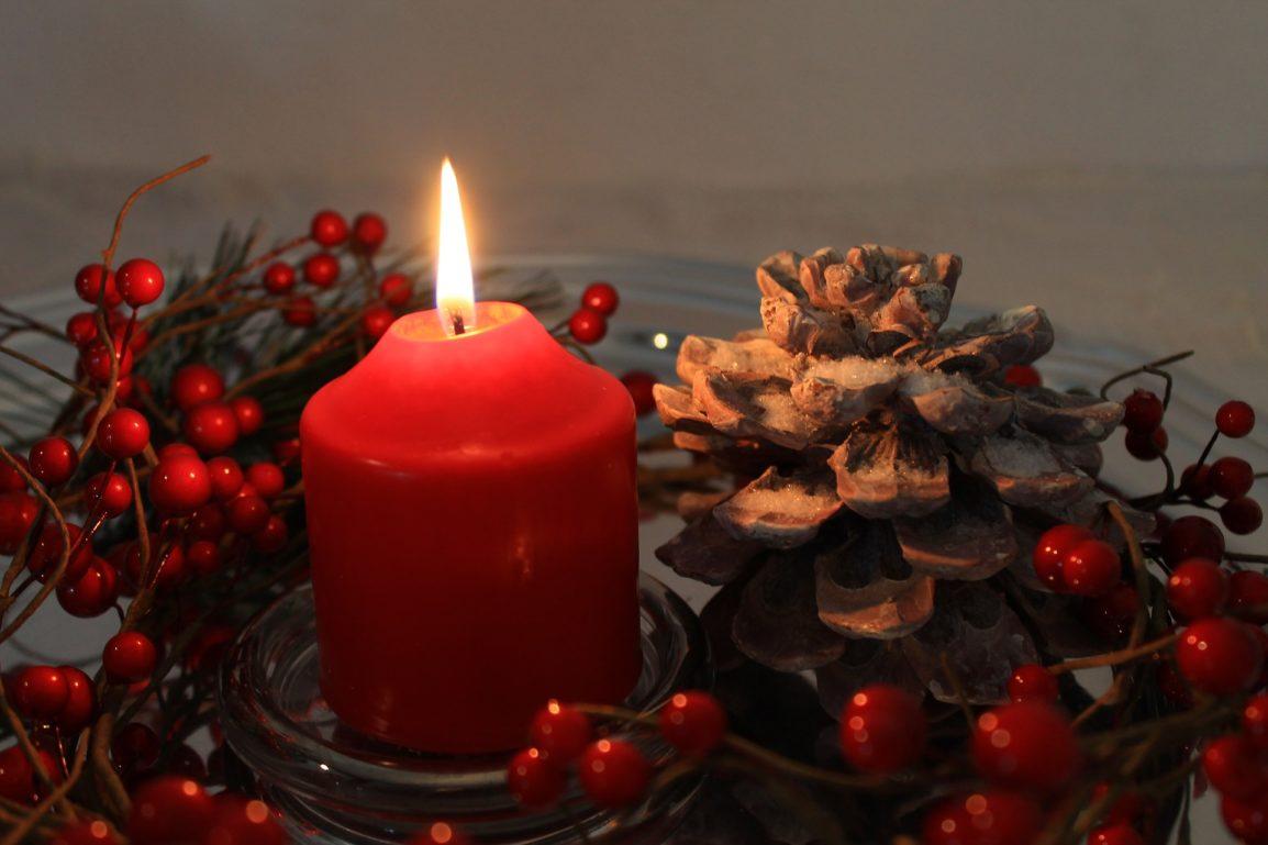 candle-2766283_1920
